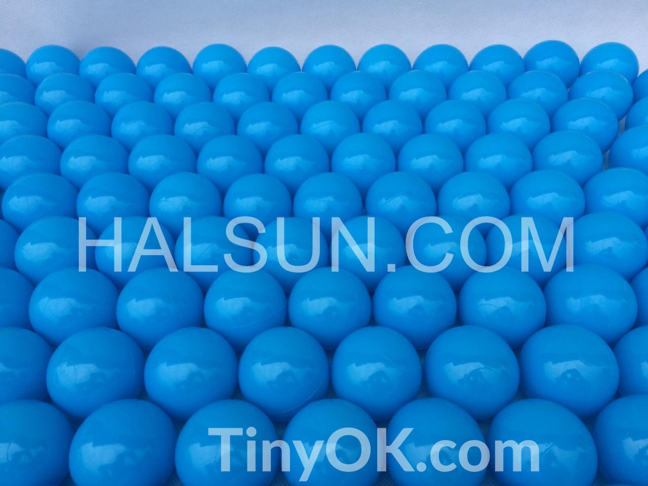 plastic-ocean-balls-13.jpg