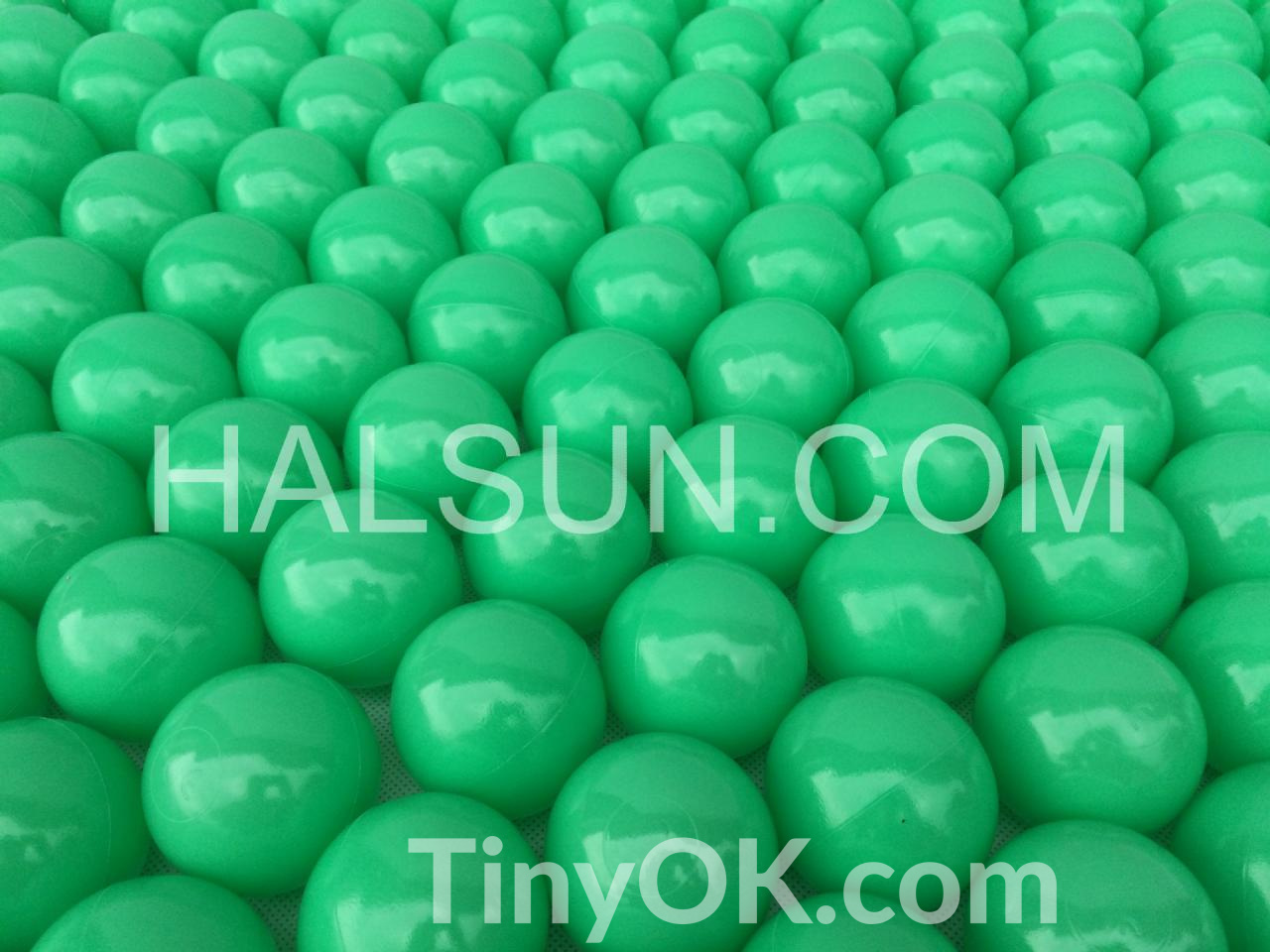 plastic-ocean-balls-17.jpg