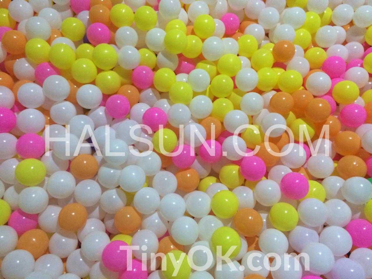 plastic-ocean-balls-9.jpg